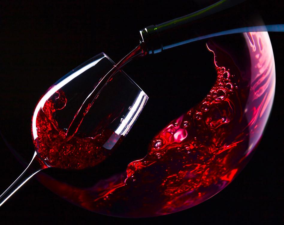 Wein-im-Restaurant-Schwarzes-Ross