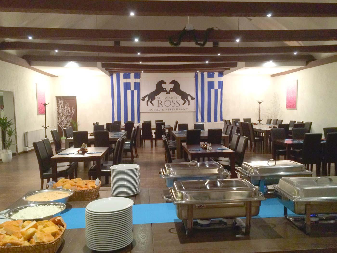 Griechisches-Buffet-im-Schwarzen-Ross